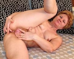 Mature Sex Granny Fingering